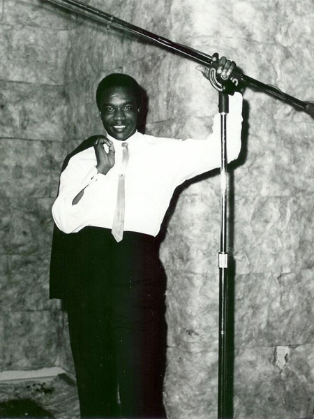 Ernie Hines at Recording Studio in Baton Rouge, LA July 1966